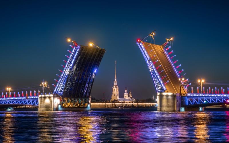 Oroszország | Szentpétervár | Éjjeli hídszemle - OTP Travel Utazási Iroda