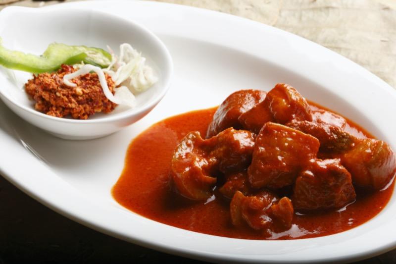 Top 3 portugál sertéshús étel | Vindaloo - OTP Travel Utazási Iroda