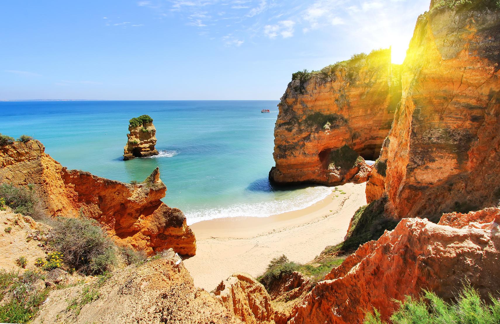 Praia Dona Ana, Portugália gyöngyszeme