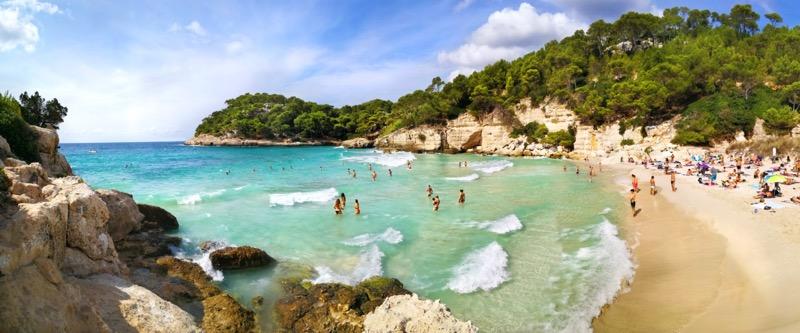 Menorcának több strandja van, mint Mallorcának és Ibizának együttvéve. - OTP Travel Utazási Iroda